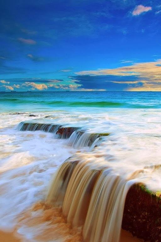 Il Fiume E L Oceano Osho Rajneesh In Ascolto Del Cuore